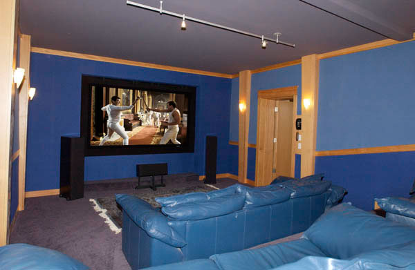 how to make a homemade movie theater